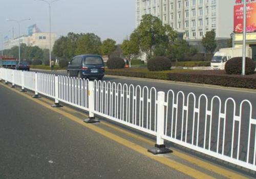 道路护栏网